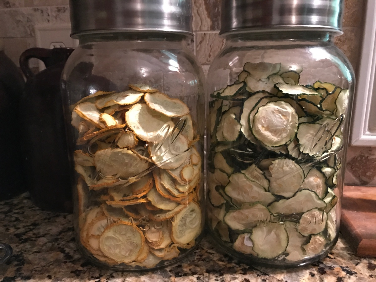How to Dehydrate Summer Squash & Zucchini